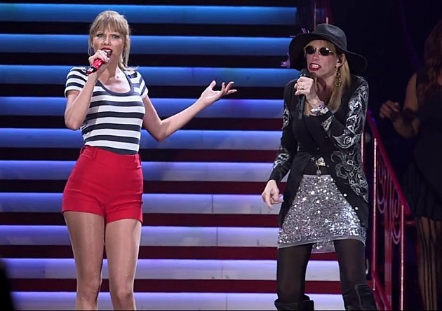 Taylor Swift and Carly Simon (YouTube)