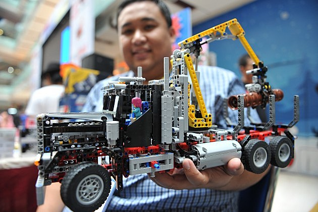 Lego Truck (Getty)