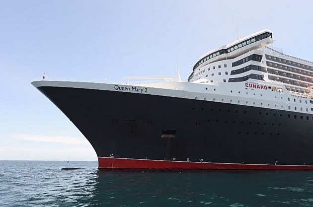 Queen Mary 2 (YouTube)