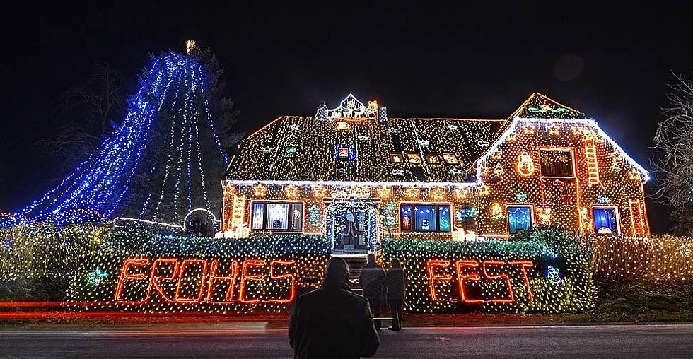 top 5 house christmas lights displays in us buffalo made the list - Christmas In The Country Hamburg Ny